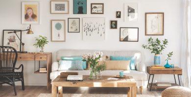 Decora las paredes de tu casa con cuadros pequeños