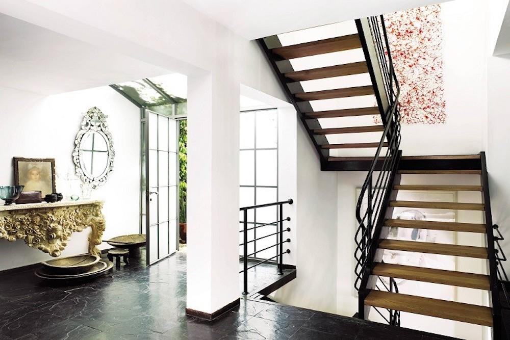 Decorar con cuadros las escaleras